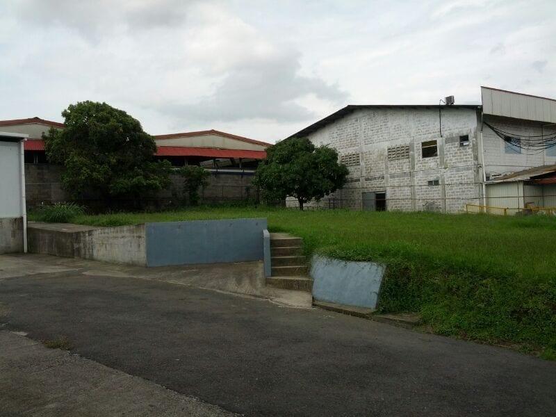 Propiedad con almacén, zona Industrial de Heredia