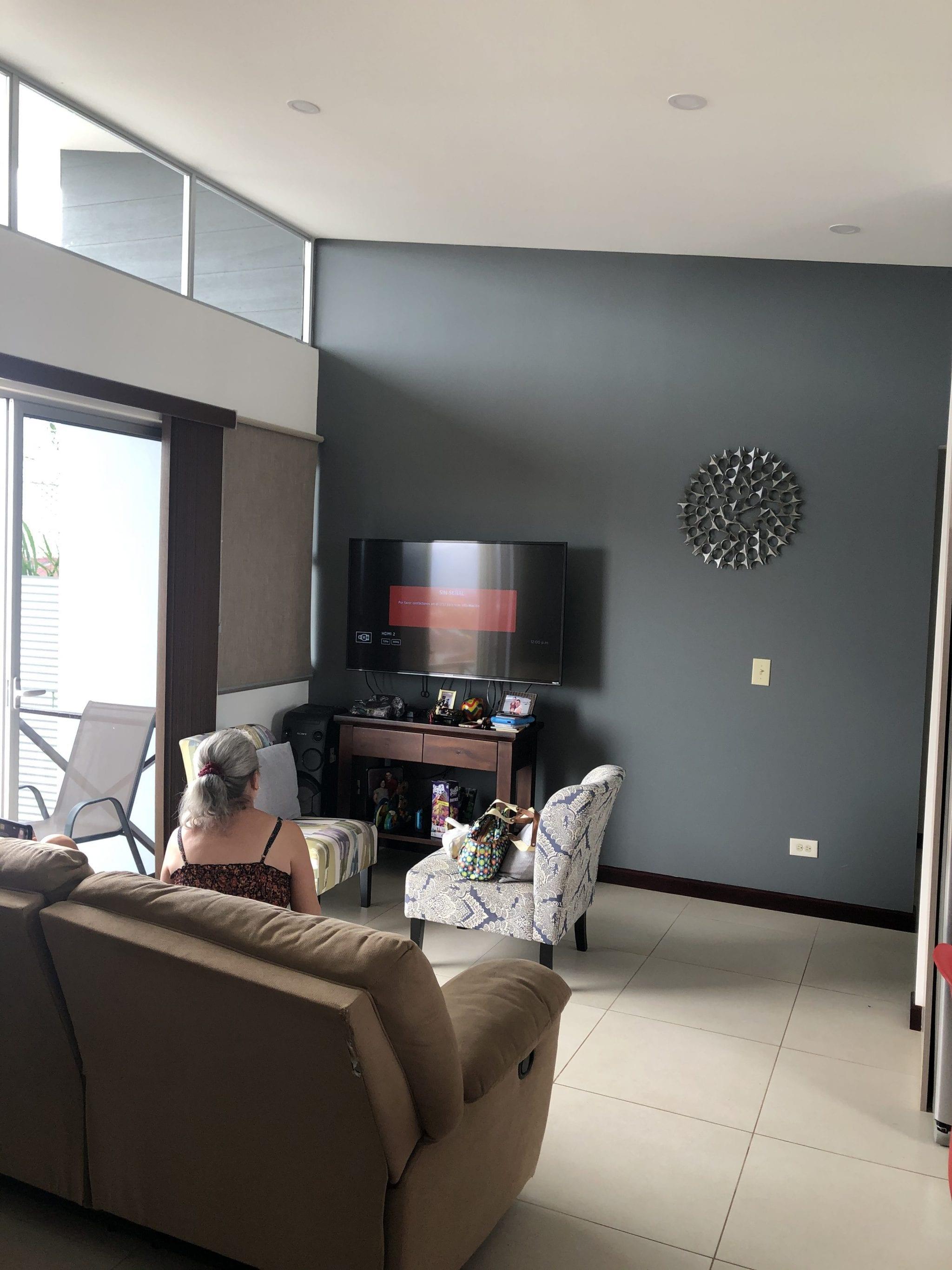 Casa en Mercedes Norte, lindo y tranquilo residencial, calle sin salida, dos plantas, MAS un apartamento
